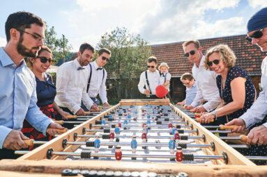 Hochzeitsgäste Tischfußball